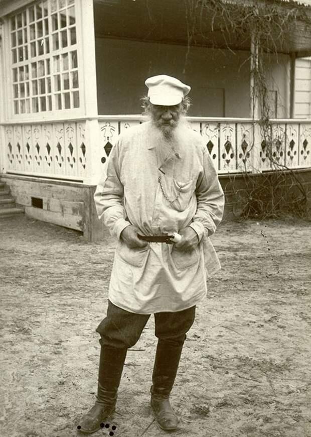 Лев Толстой 1