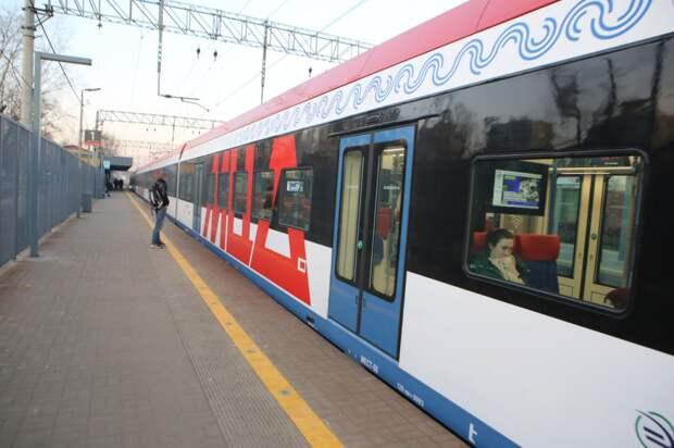 На участке «Марк» – «Бескудниково» Савёловского направления по техническим причинам остановился поезд