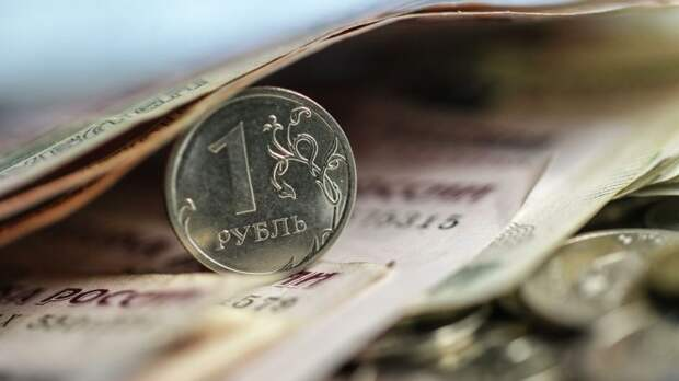 Финансист подсказал, как заработать на падении рубля
