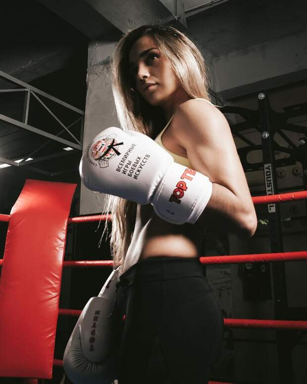 Самый сексуальный мастер спорта по боксу из России.