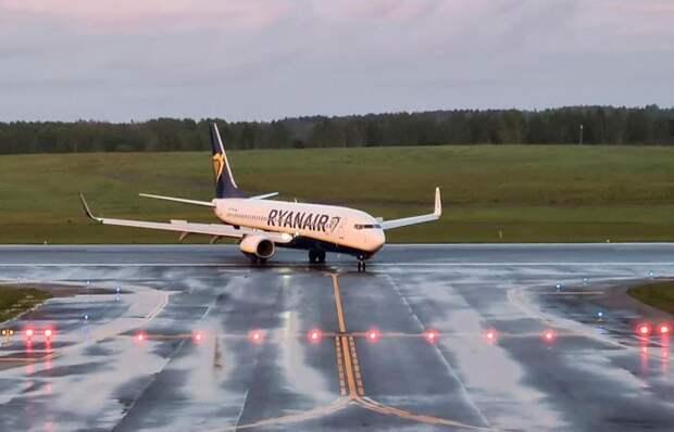 5 случаев принудительной посадки самолётов международных авиалиний на территории других государств
