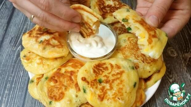 Ленивые пирожки-оладьи с зеленым луком и яйцом. Вкусно и быстро