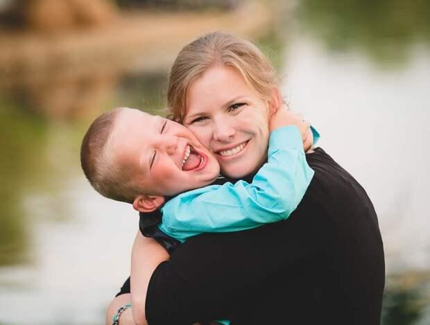 Ее сына лишил жизни продажный прокурор, но эта сильная женщина нашла на него управу!