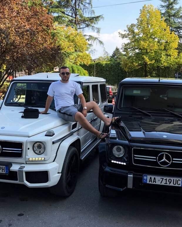 Наглые албанские гангстеры хвастаются своим роскошным образом жизни в Instagram