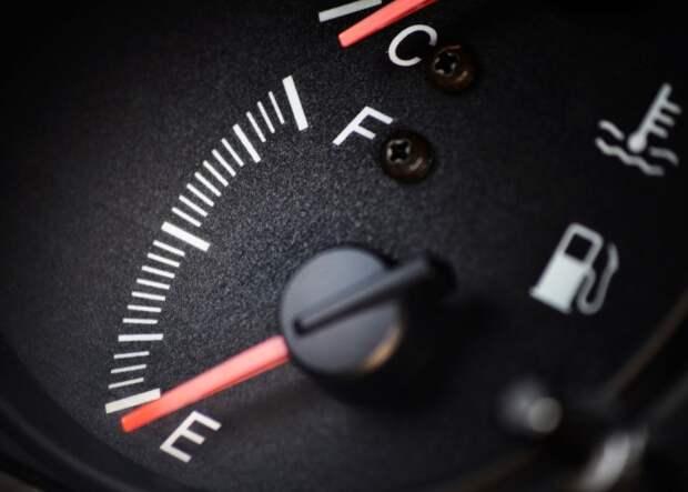 При нынешних ценах на топливо его расход стал одним из главных технических показателей автомобиля. | Фото: 1.bp.blogspot.com
