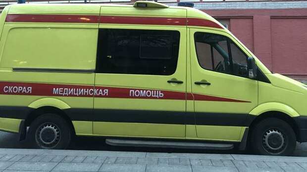 Скорая увезла в больницу шесть человек после ДТП в Архангельской области
