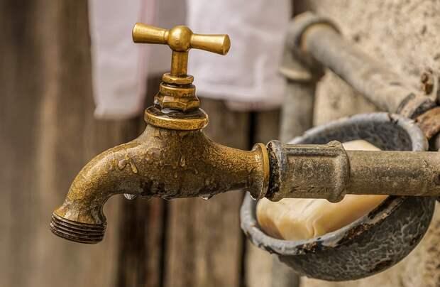 Воду отключили на Керченском полуострове