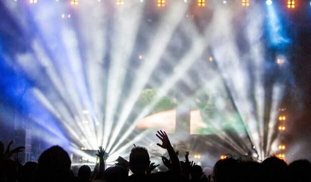 Ростовчане пожаловались наработающий ночью караоке-клуб