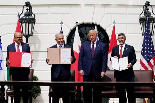 Бахрейн, ОАЭ и Израиль пошли на мировую в Вашингтоне