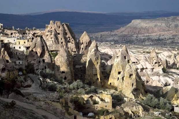 Пещеры Каппадокии. Фото: Michael Nitzschke/imageBROKER.com/www.globallookpress.com