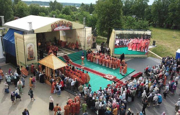 В Калязине открыли торжества в честь святого Макария
