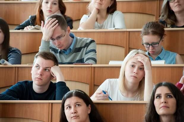 Российские студенты вернутся к очным занятиям