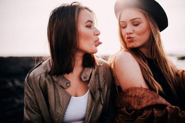 7 причин, по которым заботливой маме нужно завести подружку чайлдфри