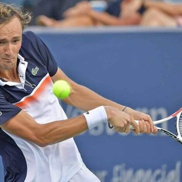 Теннисист Даниил Медведев победил Андрея Рублева в четвертьфинале Открытого чемпионата США