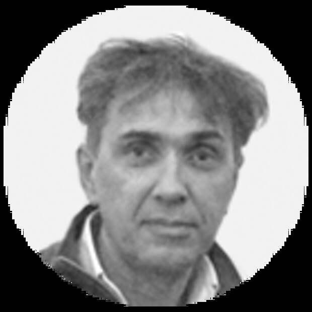 Почему младенец на «Новослободской» похож на дедушку?