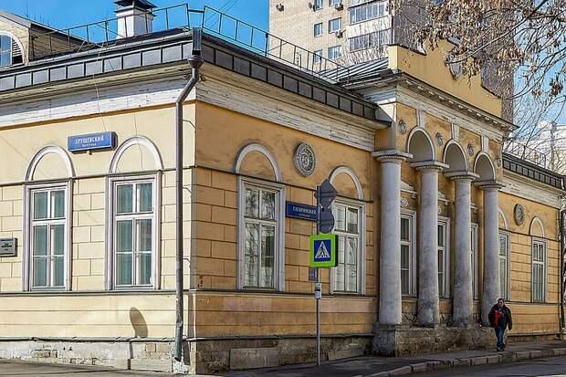 Здесь жили дядя Ивана Тургенева и внук Александра Суворова: двухсотлетний дом Лопатиных в Москве сохранят
