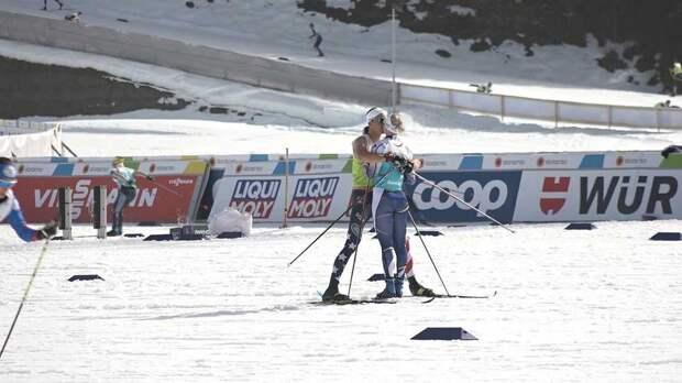 Шведская лыжница получила предупреждение за поцелуй с бойфрендом из сборной США на ЧМ