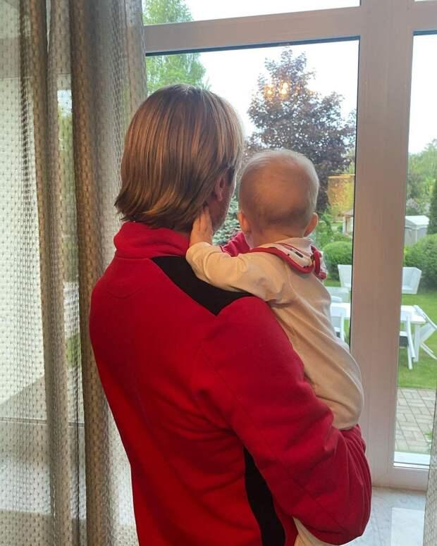 Звезда Инстаграма! У маленького сына Яны Рудковской появился аккаунт в социальной сети