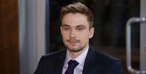 Актер Александр Петров рассказал о своем отношении к деньгам