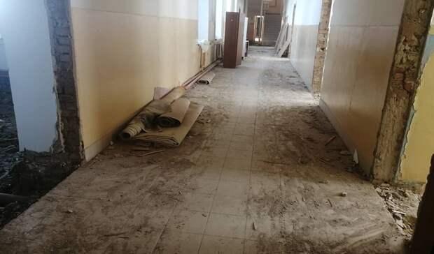 В Переволоцкой школе № 1 продолжаются ремонтные работы