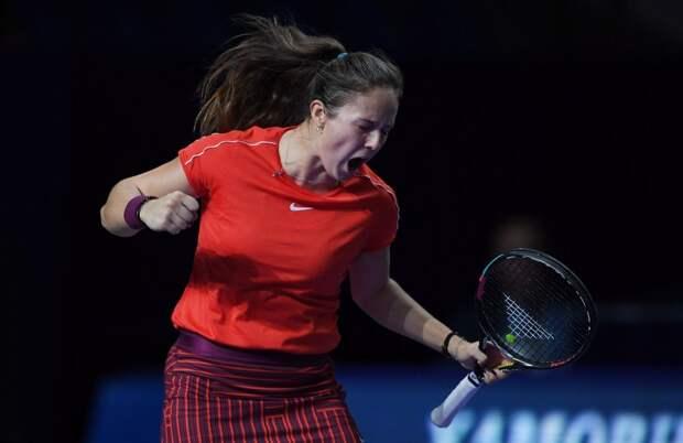 Касаткина вышла в третий круг турнира в Мельбурне, Соболенко вылетела