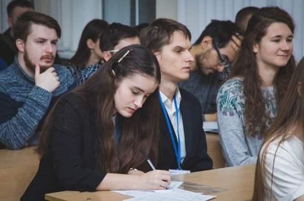 В Минобрнауки рассказали, когда в вузах начнется приемная кампания