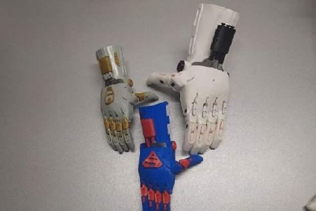 Житель Мичуринска сконструировал дешевый протез кисти руки