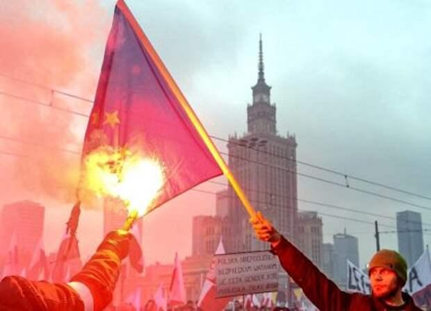 Проучить Варшаву: Польше грозит позорное изгнание из ЕС