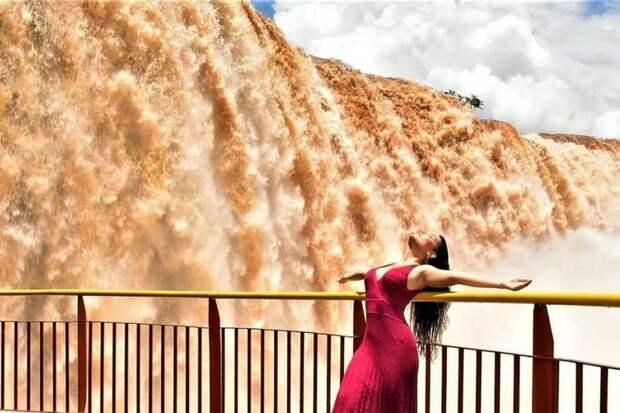 Национальный парк «Игуасу» привлекает туристов, несмотря на пандемию