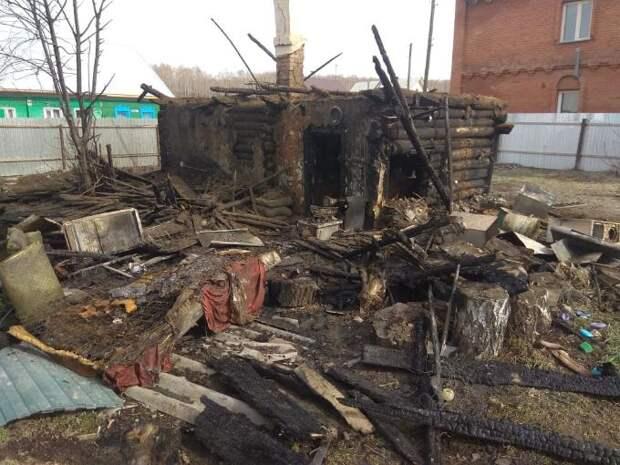 Ребенка во время пожара спас сосед в Искитиме