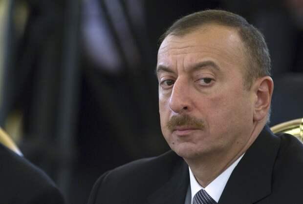Алиев резко ответил Франции накритику Парка военных трофеев