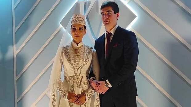 Защитник «Уфы» Константин Плиев сыграл свадьбу: фото