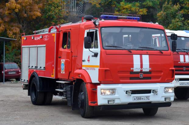 В Балаклаве загорелся цирковой фургон