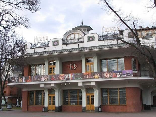 Главным дирижером театра «Новая Опера» станет Валентин Урюпин