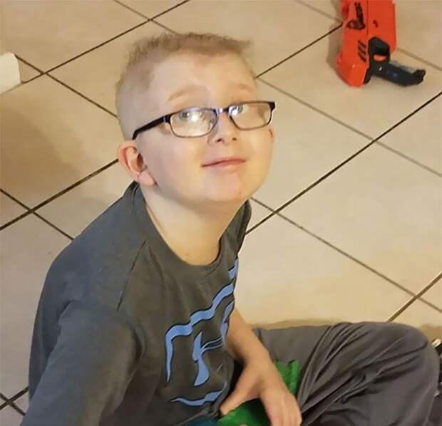 Крик души матери, чей 10-летний сын умирает от рака...