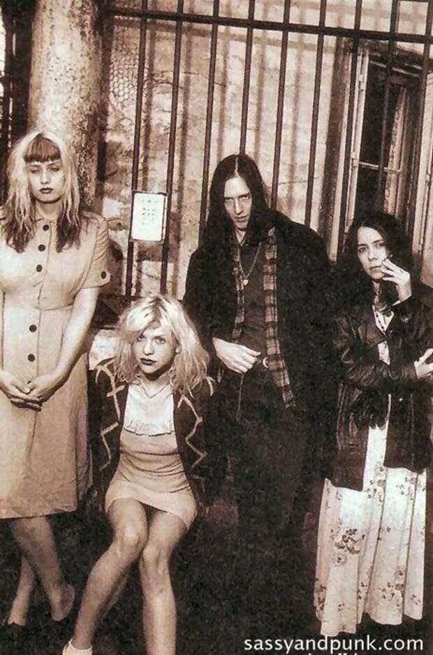 Женщины в мировой истории рок музыки. 90-е.