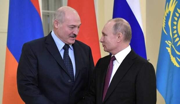 """Политолог Сатановский: Лукашенко будет """"выбивать"""" из Путина новые бонусы"""