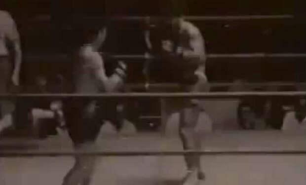 Японские каратисты вышли против тайских боксеров