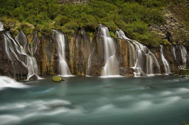 Отсилы иэнергии этих водопадов увас завибрирует даже мышка