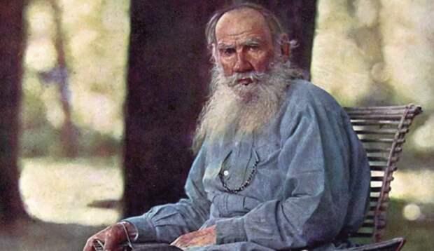 """Взял на работу Льва Николаевича Толстого - а он оказался """"евреем"""""""