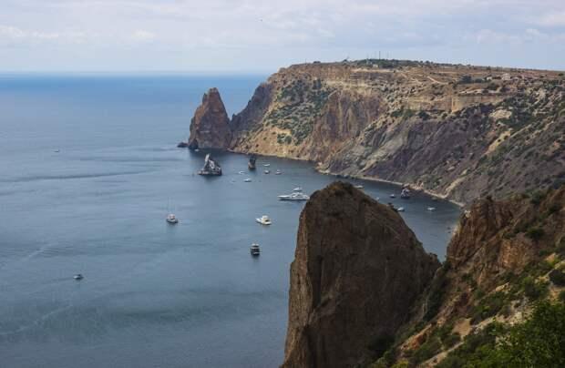 Число доступных пляжей Севастополя сократилось на 16% при Развожаеве