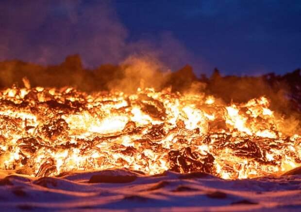 В ДР Конго объявили эвакуацию из-за извержения вулкана Ньирагонго