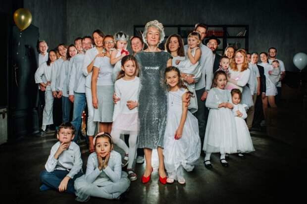 В Левобережном жительница с девятью внуками победила в конкурсе семейных ценностей