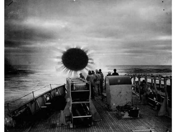 Филадельфийский эксперимент: как и куда мог исчезнуть огромный эсминец?