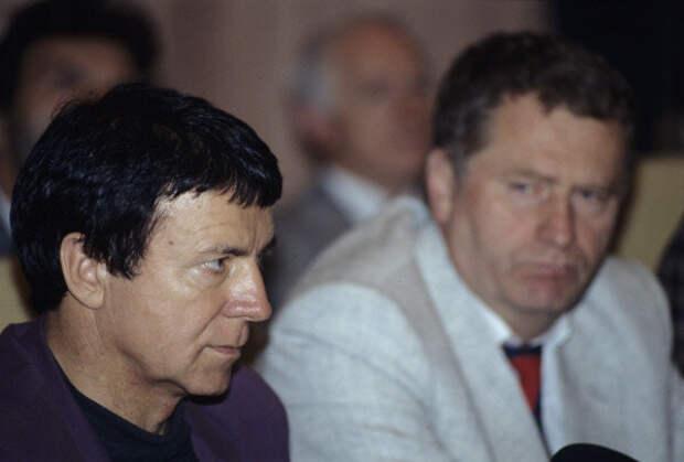Вместе Владимиром Жириновским на Заседании в ГД, 1994 год.