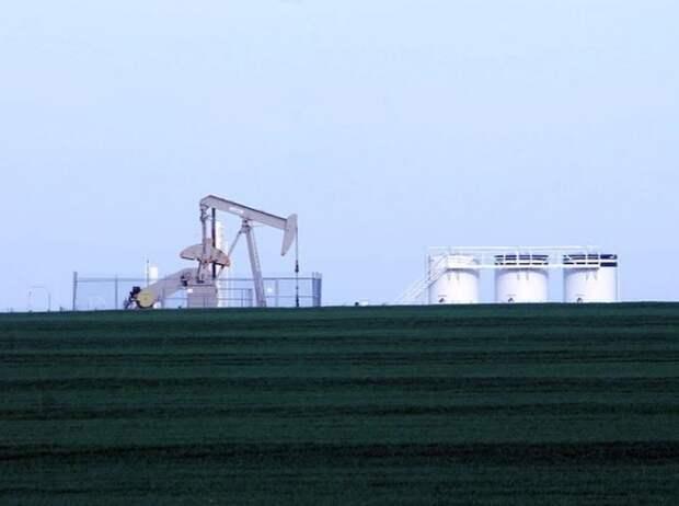 Цены на нефть поднялись выше 61 доллара впервые с начала января 2020 года