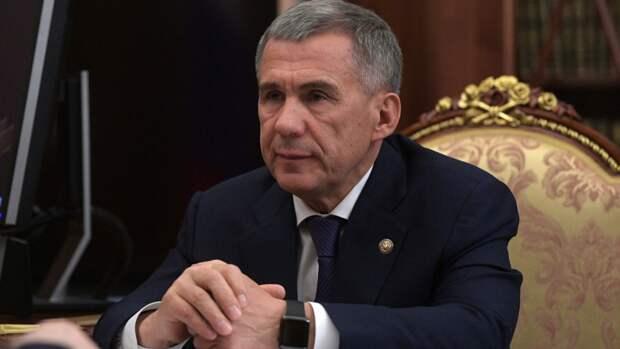 Президент Татарстана Минниханов выехал к школе, где произошла стрельба