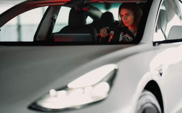 Кто присваивает автомобилям статус «премиум»?