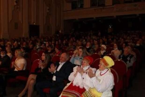 Жители Невьянска отпраздновали юбилей Дворца культуры машиностроителей