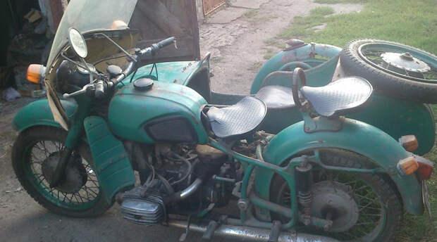 Днепр: мотоцикл-тяжеловес, который спас русскую деревню